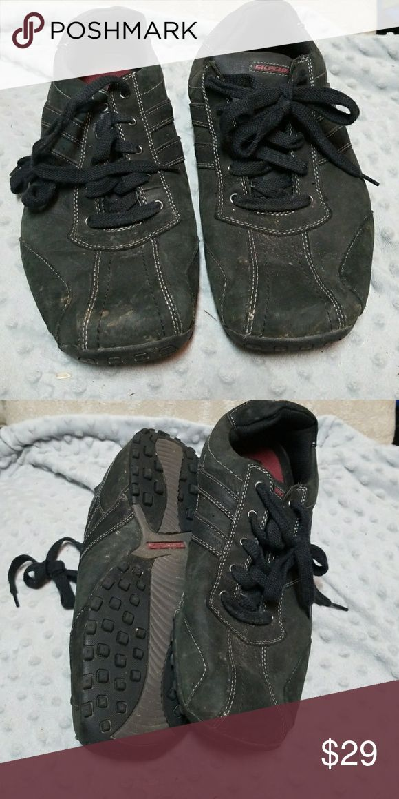Skechers men sz11 black suede like shoes sneakers Size 11 men's skecher shoe. Suede like material. Lots of life left in these very good condition. Have some dust on them that can be cleaned off with suede cleaner. Reasonable offers accepted Skechers Shoes Athletic Shoes