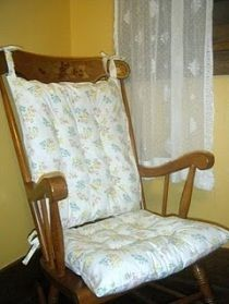 Tutorial: Make new cushions for your rocking chair