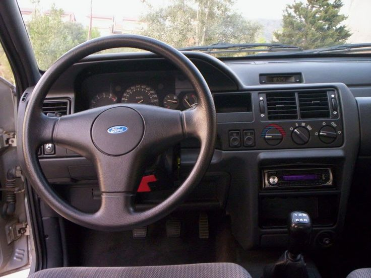 25 best ideas about ford orion on pinterest ford escort for Interieur ford focus