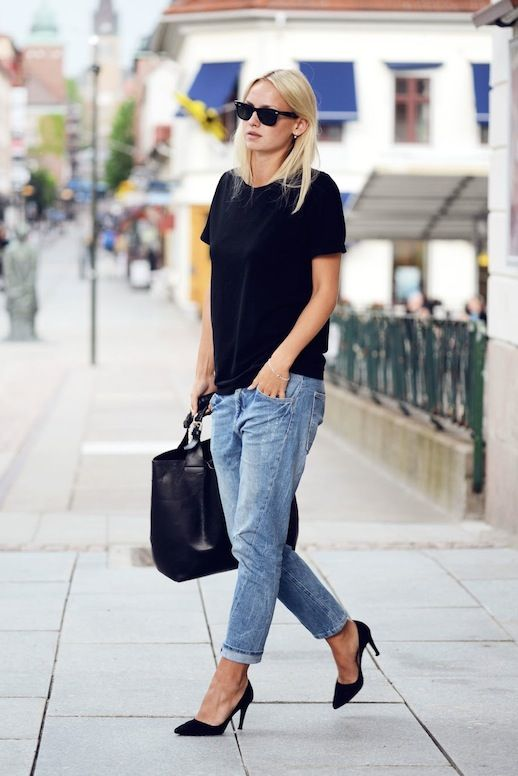 Rut&Circle boyfriend jeans, black tee, Alicia+Olive Dina Suede Pumps, Black  leather