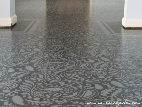 Painted sub-floor - fantastic design!!  Gorgeous solution for a plywood floor
