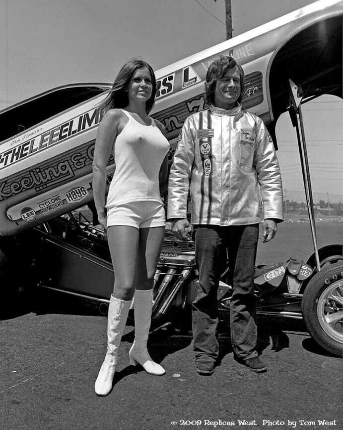 Funny Car photo shoot...look hard, you will find the Funny Car...Barbara Roufs in front...