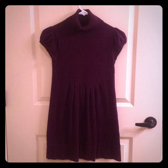 Deep purple MATERNITY sweater dress. Maternity sweater dress with pleats on the front. Dresses