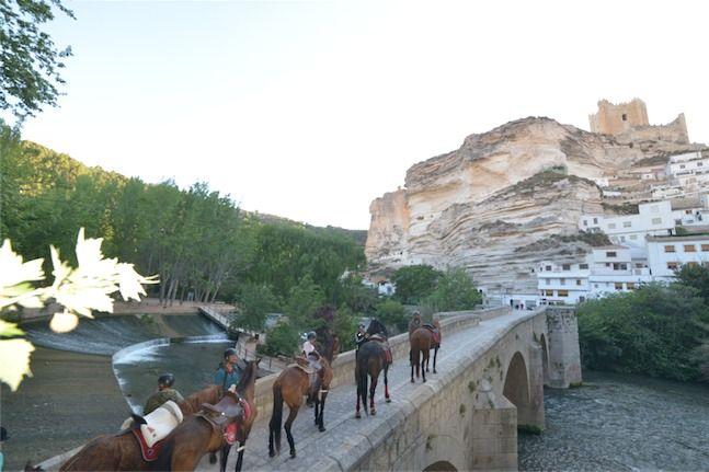 despedidas en alcala de jucar con Turiaventura. Más info en http://turiaventura.es/alcal%C3%A1-del-j%C3%BAcar/despedidas-en-alcala-de-jucar/