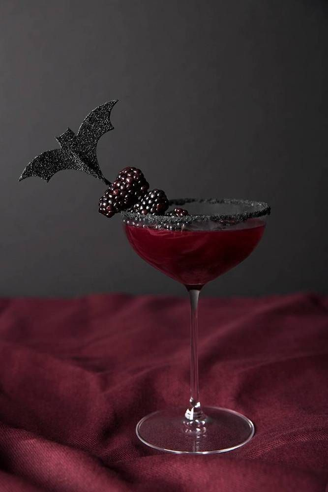 Learn three easy Halloween cocktail recipes—that are also stylish enough for a chic party. Browse photos and recipes of stylish Halloween drinks for this year's party. For more Halloween entertaining tips, visit domino.com.