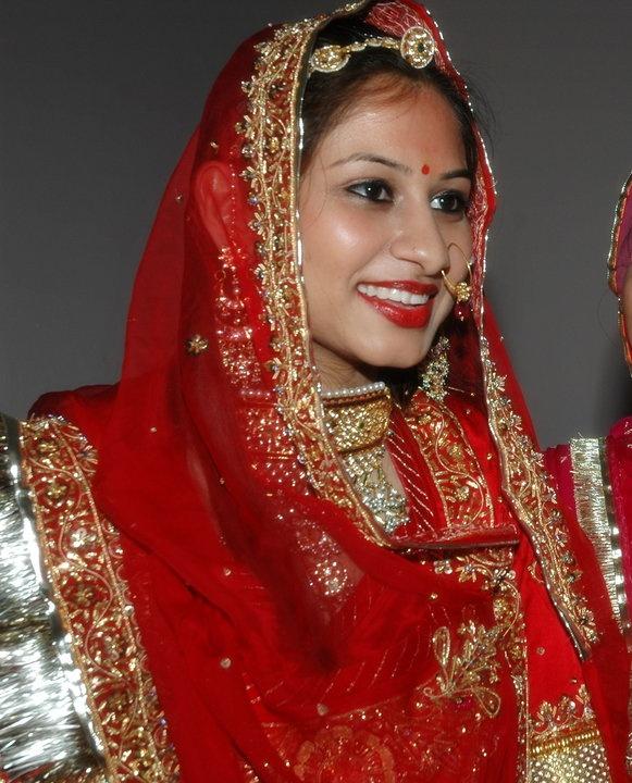 Qubool Hai Dress Designers