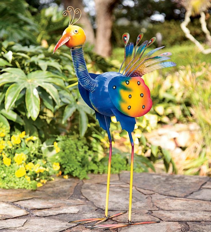 Great Colorful Peacock Garden Statue