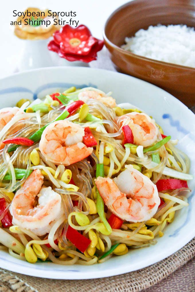 Easy and tasty Soybean Sprouts and Shrimp Stir-fry with sweet potato noodles. Delicious served with a bowl of steamed rice.   RotiNRice.com