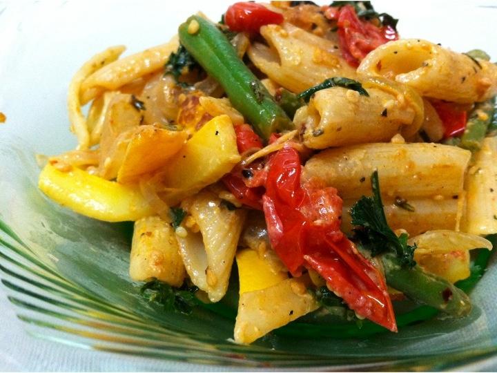Pasta Primavera   Cayuga St. Kitchen  -- love me some summer pasta dishes!