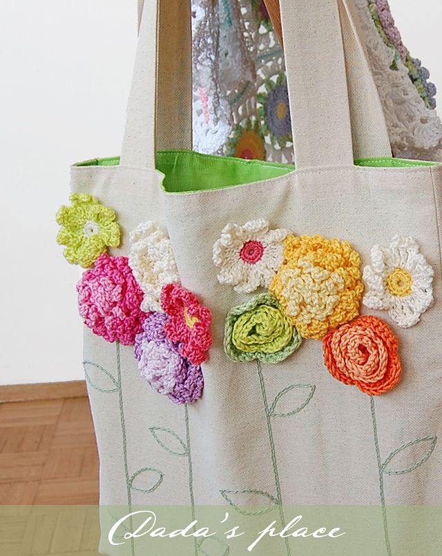 Dada's place: Tote bag with crochet flowers