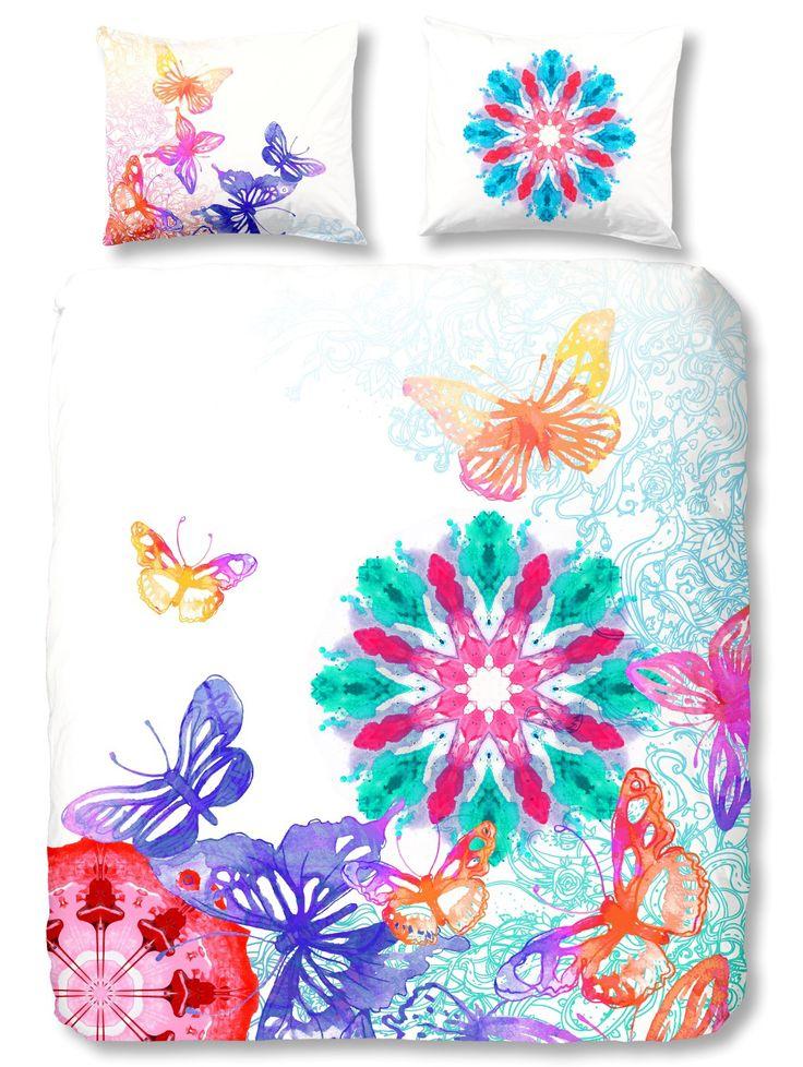 Beddengoed Hip Heavenly  dekbedovertrekken van het merk HIP fleuren je slaapkamer op! #hipdekbedovertrek #hip #mandala #rainbow #unicorn #bed #beddengoed #slaapkamer #dekbedovertrek