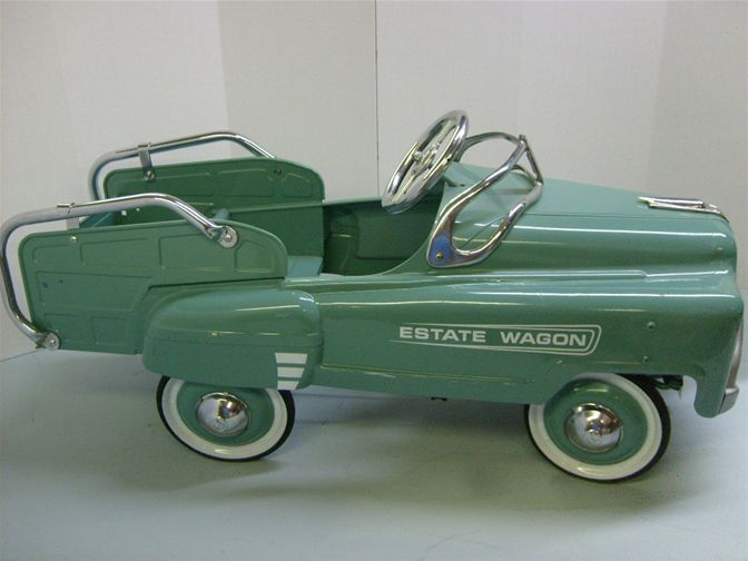 amazing...ESTATE WAGON PEDAL CAR