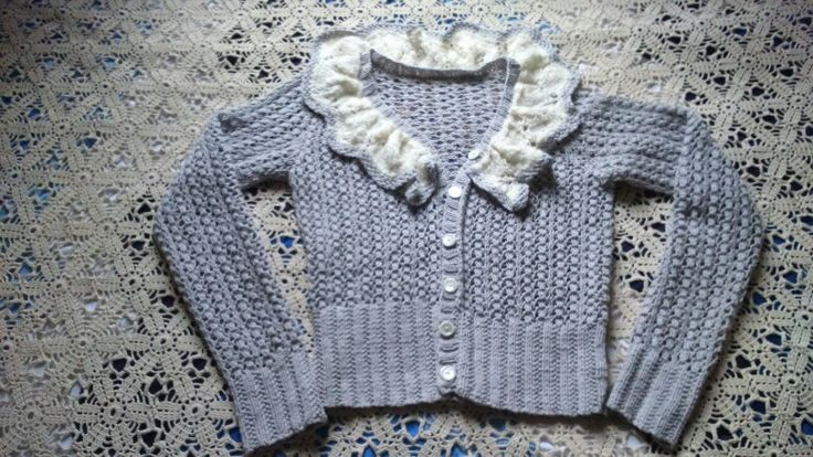 Romanttinen pitsineule valmistui syksyllä - romantic knitted lace jacket is finally finished!