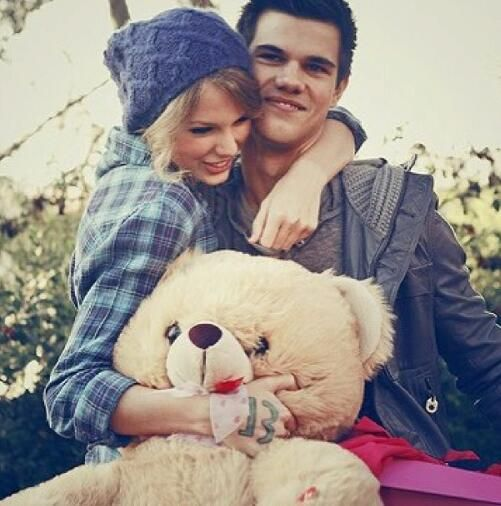 Taylor Swift and Taylor Lautner <3