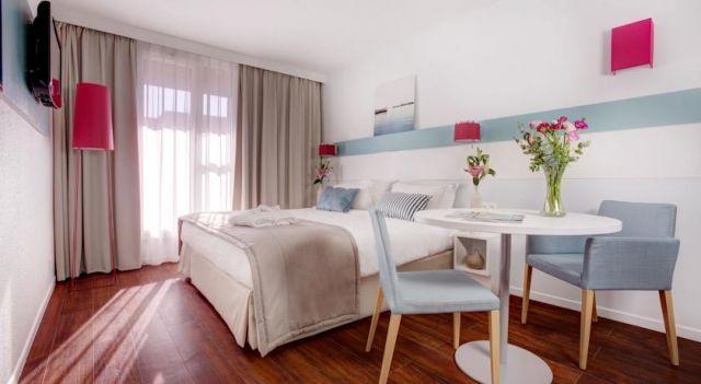 Citadines Castellane Marseille - 3 Star #Apartments - $81 - #Hotels #France #Marseille #CastellaneetPréfecture http://www.justigo.ca/hotels/france/marseille/castellane-et-prefecture/citadines-aparthotel-marseilleprado_73478.html