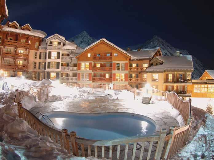 Fancy a post skiing swim?    Arc 1950 Le Village Apartments, Les Arcs