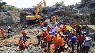 Atrapados 15 mineros tras accidente de mina de oro en Colombia - http://www.tvacapulco.com/atrapados-15-mineros-tras-accidente-de-mina-de-oro-en-colombia/