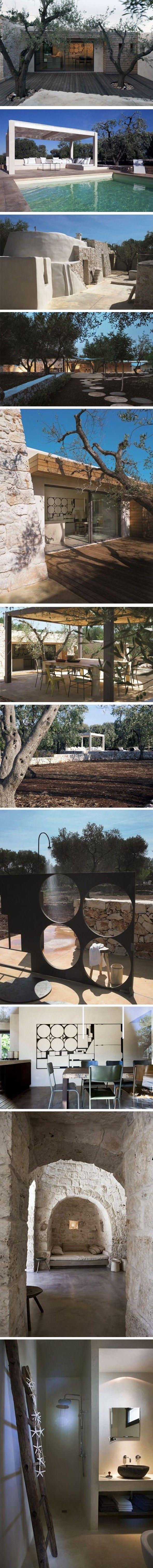 Rénovation et extension en Italie C'est dans une zone rurale près d'Ostuni, que le propriétaire du terrain a remarqué une bâtisse typique de la région à mo
