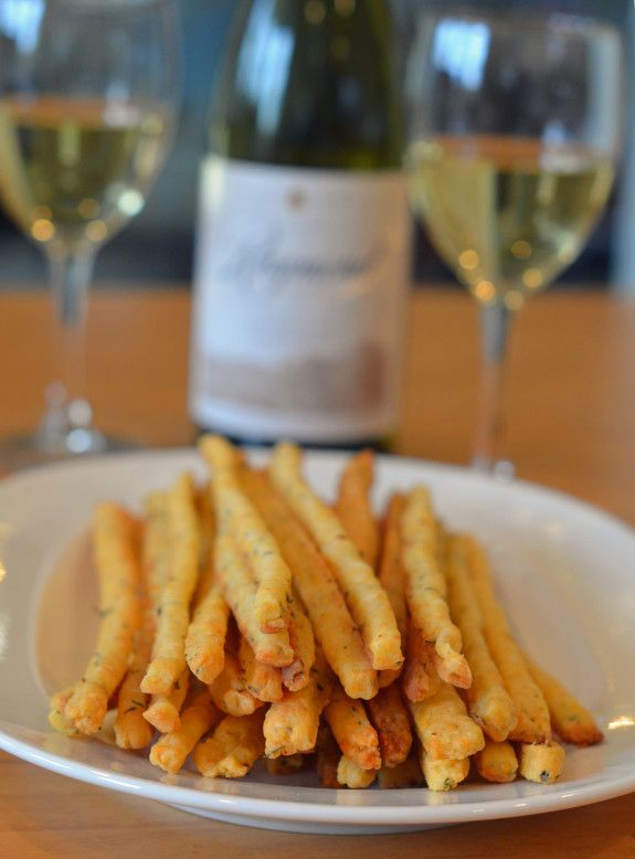 Cheddar-and-Herb-Cheese-Straws-with-Wine