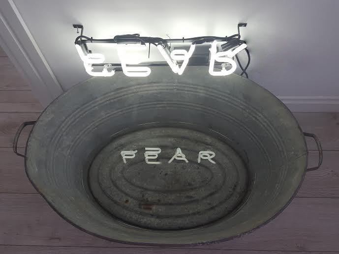 """Neon """"fear"""""""