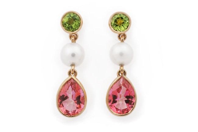 Pink Topaz and Peridot earrings. Yellow Gold. Freshwater Pearls. Drop Earrings.