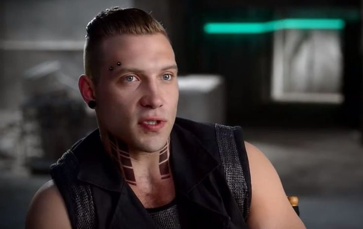 Jai Courtney Drops A Massive Insurgent Spoiler | moviepilot.com