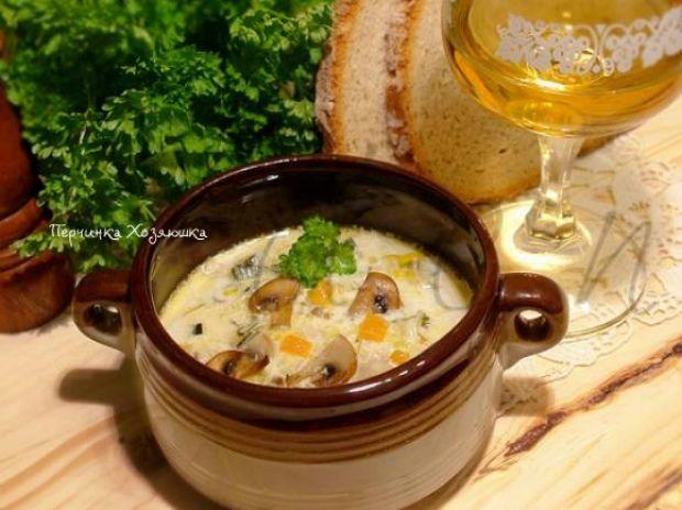 Сырный суп с курицей и грибами - Перчинка хозяюшка