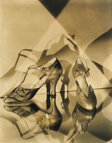 Evening shoes by Vida Moore, 1927. by Edward Steichen