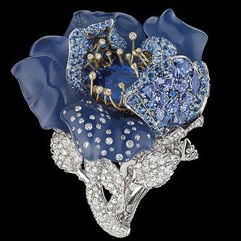 Фото Ювелирная коллекция Le Bal des Roses от Dior: бриллиантовые розы
