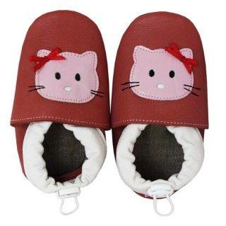 Papucei de casă cu talpă flexibilă. Lasă talpa să se mişte liber, ţin cald şi lasă piciorul să respire. Recomandă-i prin Happy Share si primesti 4% comision din vanzarile generate.