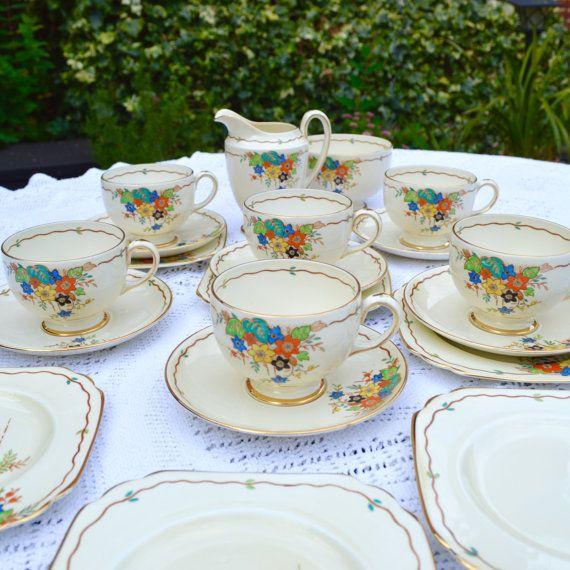 1920-30s Art Deco English China 21 pc Tea Set by Wicksteads