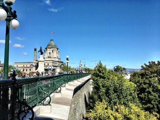 Quebec portes fortifications | Fortifications of Quebec National Historic Site: City wall along ...