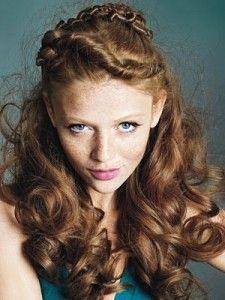 Peinados pelo rizado semirecogido 2011 - Moda y Belleza