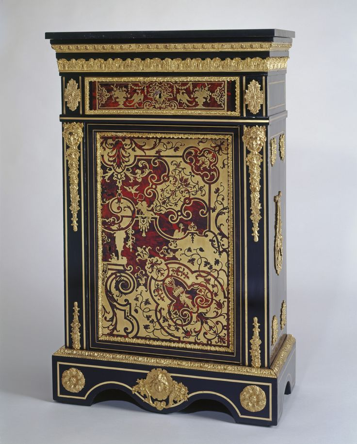 French cabinet, 1825