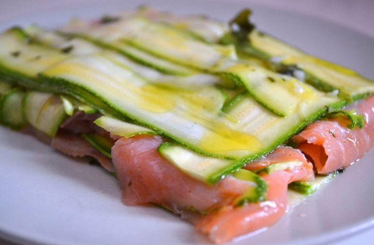 Lasagna fredda di zucchine e salmone (kgdinuvole.blogspot.it)