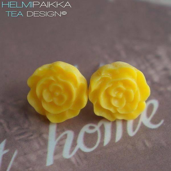 Keltaiset kukkanapit