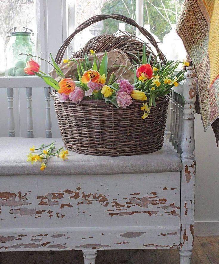Fin torsdag der ute 💛 En av mine store inspirasjonkilder er BLOMSTER....med det visste du jo, hi, hi... 😊💛🌾🌱💛  #hagelivoguterom #splendid_flowers