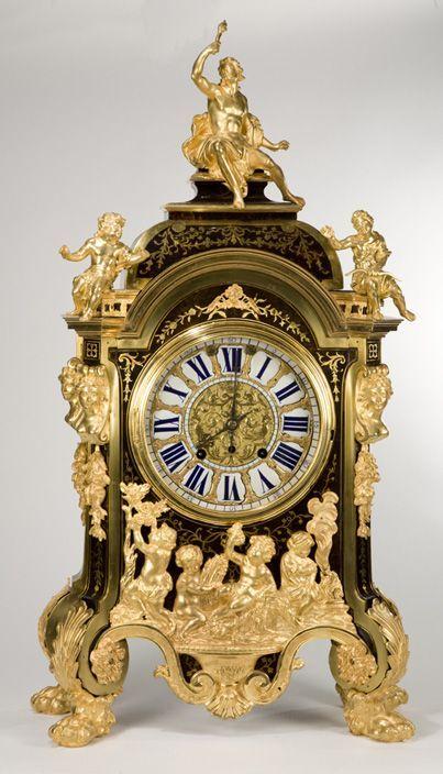 Antique Clocks :     French Clock….    -Read More –   - #Clocks https://decorobject.com/decorative-objects/clocks/antique-clocks-french-clock/
