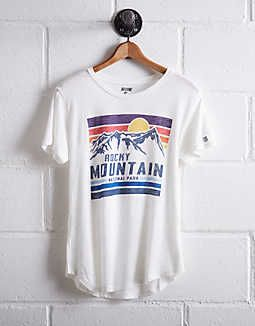 Tailgate Women's Rocky Mountain T-Shirt, White   American Eagle Outfitters