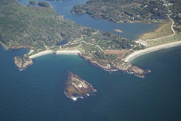 Hermit Island Campground – Bath | Best Campgrounds in Maine | Beautiful Places To Visit with Kids. http://survivallife.com/best-campgrounds-in-maine/