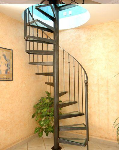31 les meilleures images concernant escaliers sur pinterest villas m taux - Escalier en colimacon metallique ...