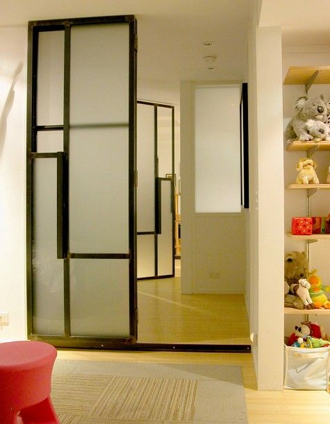 porte coulissante en m tal et verre fum portes pinterest industriel portes coulissantes. Black Bedroom Furniture Sets. Home Design Ideas