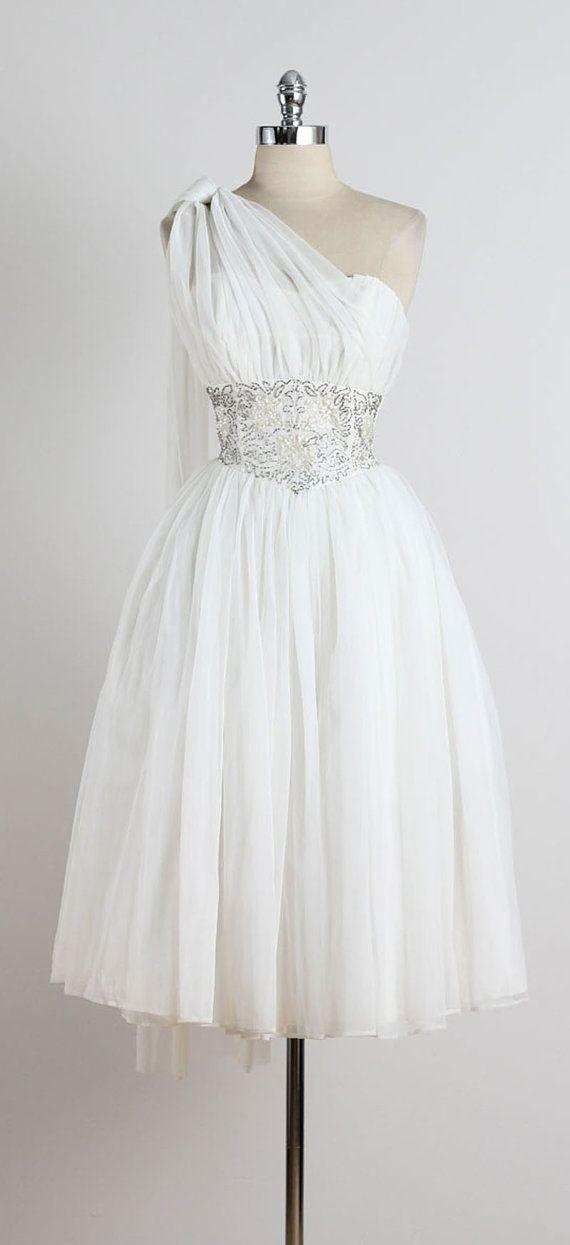 Gotham Hall . vintage 1950s dress . vintage by millstreetvintage