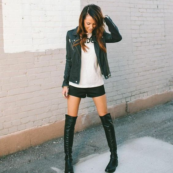 Stuart Weitzman 5050 Boots| Can't get enough of bare legs and boots #streetstyle