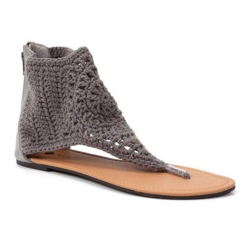 crocheted sandal <3