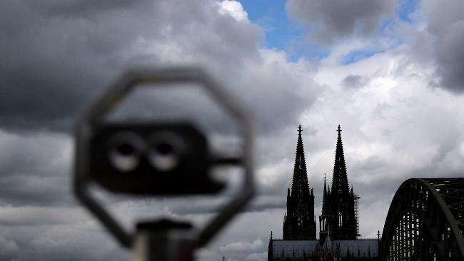 Wetter: Aktuelle Unwetter-Warnung : Trifft es heute den Norden? - Aufräumarbeiten nach Unwetter inIlmenau dauern an - News Inland - Bild.de