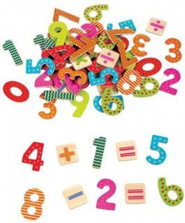 Drewniane cyferki na magnes firmy Lelin. Zabawki edukacyjne dostępne na terenie całej Polski