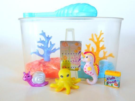 Vintage Littlest Pet Shop Deepsea Divers With Coral Tank Aquarium Fish Playset By Kenner 1994 Retro 90s Toy Littlest Pet Shop Vintage Toys Pet Shop