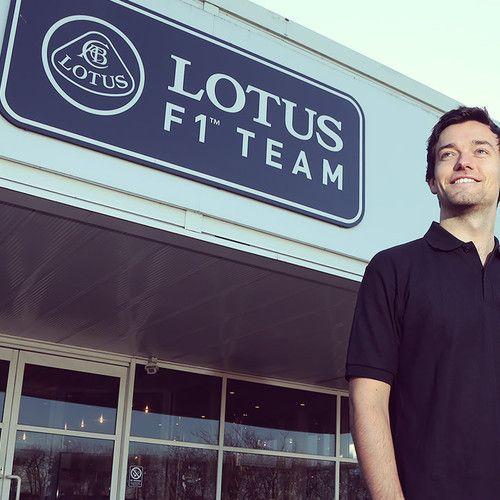 GP2 champion Jolyon Palmer signed as Lotus reserve driver