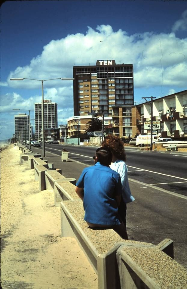 Surfers Paradise 1974 Courtesy Harry Willey